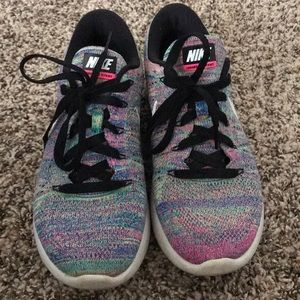 Nike Lunarlon Tennis shoe